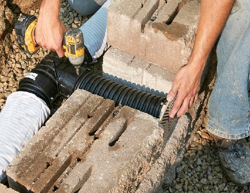Retaining-wall-drainage-how-to-build-a-retaining-wall