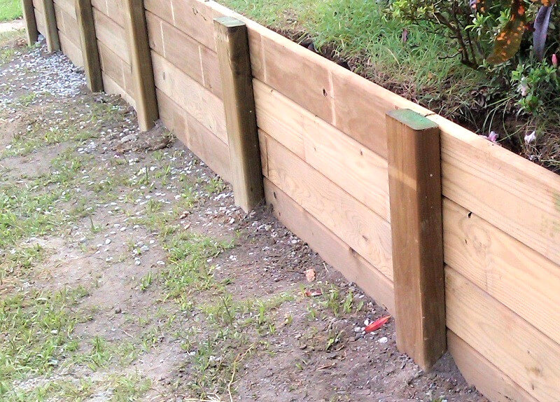 wood-retaining-wall-how-to-build-a-retaining-wall